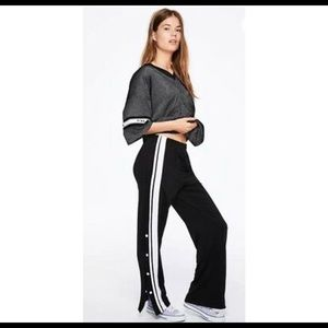 VS PINK Logo Open Leg Snap Track Pant in Black